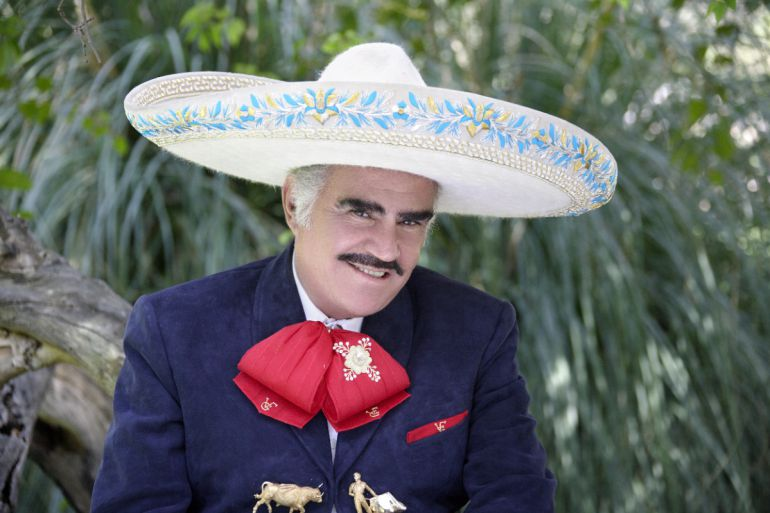 Vicente Fernández publica nuevo video en apoyo a Hillary Clinton