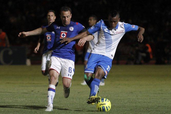 En la Fecha 4 del Clausura 2015, Puebla y Cruz Azul dividieron puntos tras igualar sin anotaciones en el Estadio Olímpico Universitario de la BUAP