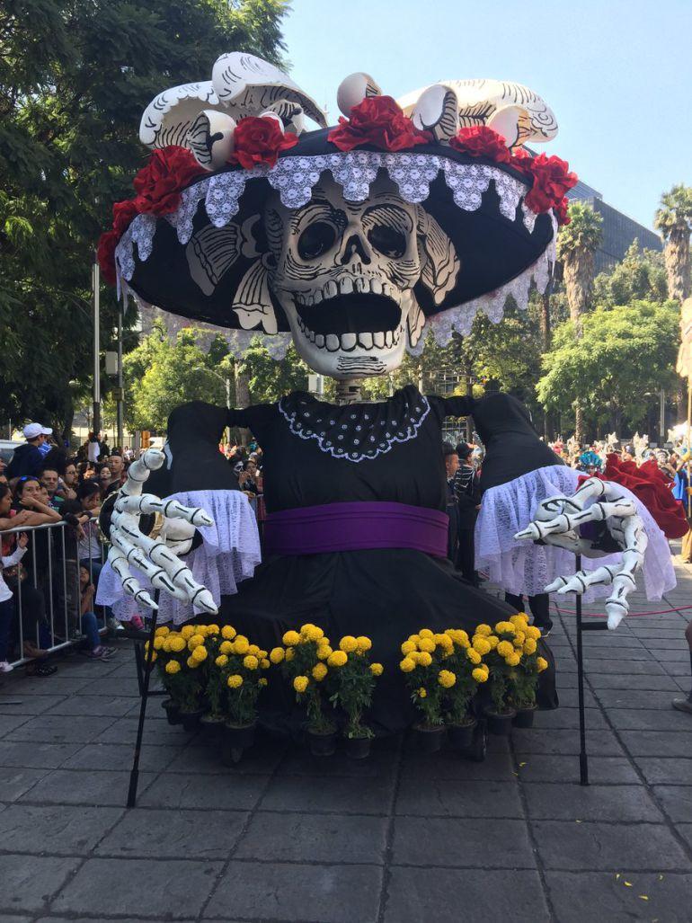 Día de muertos en México: Causa sensación el primer Desfile del Día de Muertos en la CDMX