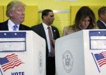 """Trump """"espiando"""" a su esposa se convierte en el meme de las elecciones"""