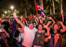 Celebran en Miami la muerte de Fidel Castro