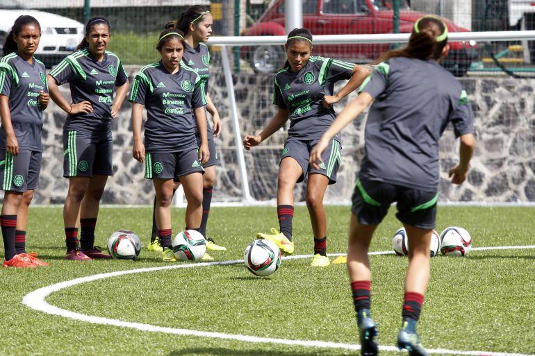 Nace la Liga femenil de futbol en México