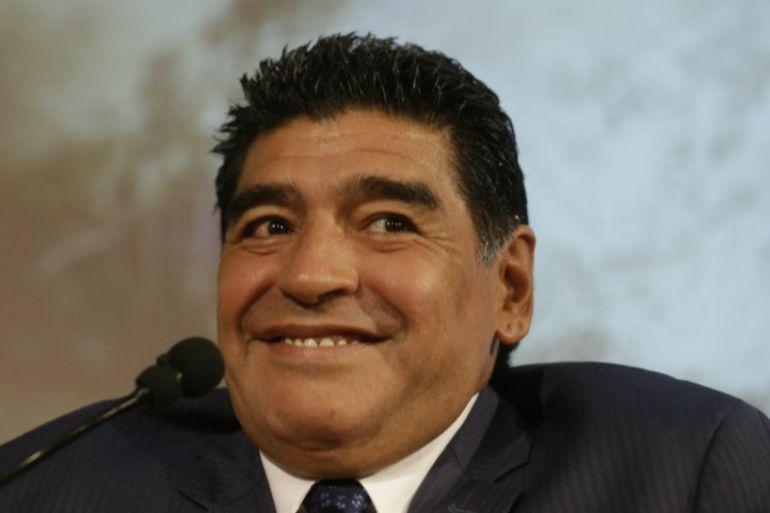 Maradona causa polémica en Twitter con una foto en la que caza animales