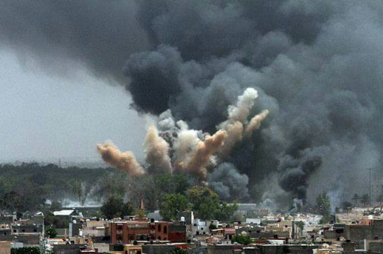 Explota mercado de pirotecnia en Tultepec
