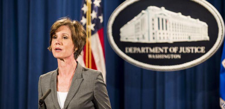 Donald Trump, Sally Yates: Trump despide a fiscal que se negó a defender su veto migratorio ante la Justicia