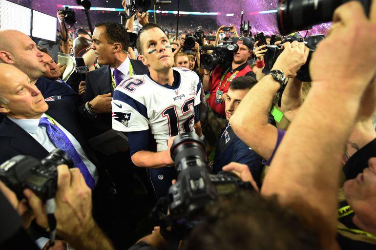 Mexicano esclarece supuesto robo del jersey de Tom Brady
