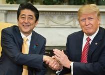 Así el primer ministro japonés tras 17 segundos con Trump