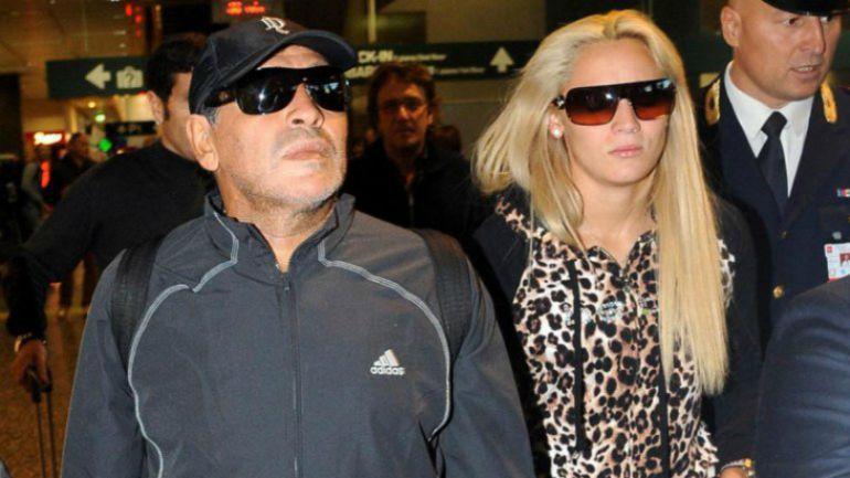 La policía acude a un hotel de Madrid por discusión entre Maradona y su pareja
