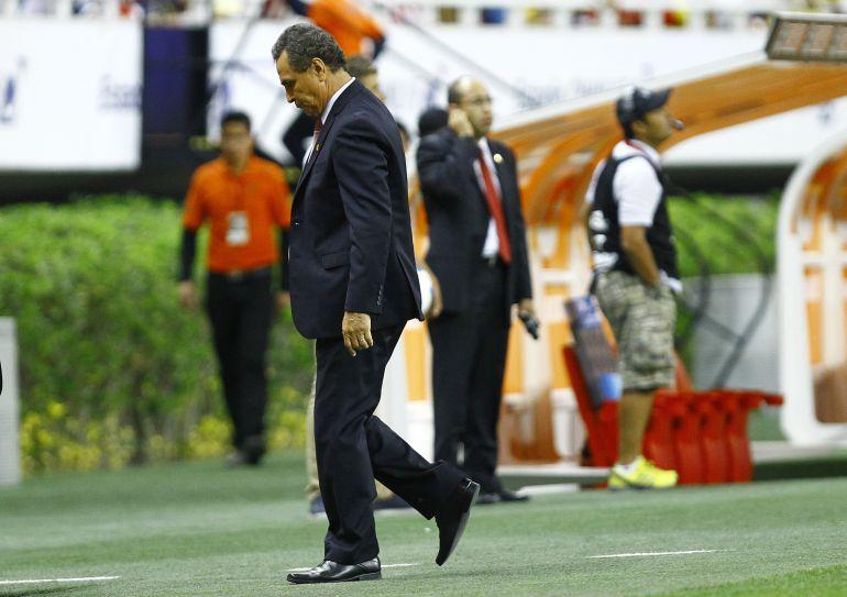 Cuatro entrenadores despedidos tras perder el Clásico Nacional