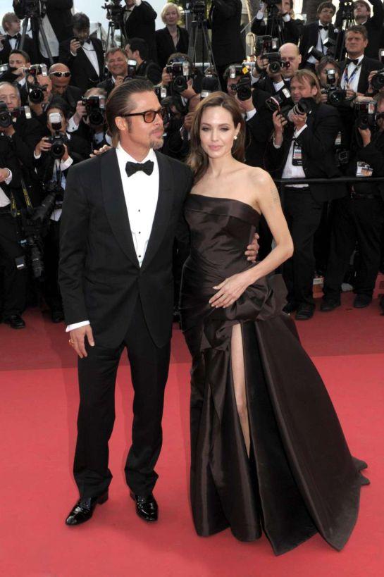 Angelina Jolie habla, entre lágrimas, por primera vez de su divorcio con Brad Pitt