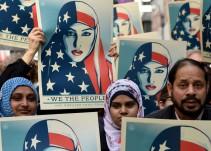 El hijo de Muhammad Ali fue retenido en un aeropuerto de EE UU e interrogado sobre si era musulmán