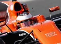 Nuevo fallo en el motor de McLaren en el segundo día de test