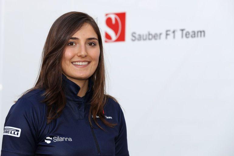 Tatiana Calderón, la colombiana que está a un paso de la Fórmula 1