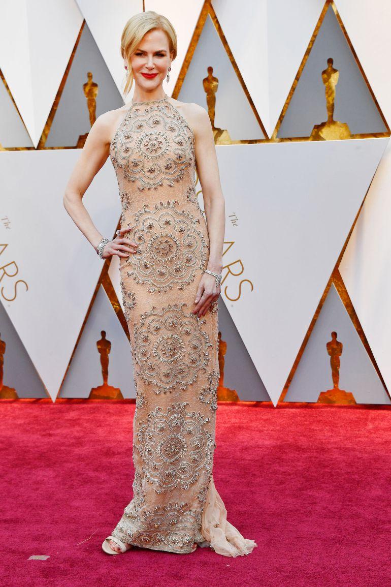 Nicole Kidman explica por qué aplaudía raro en los Oscar