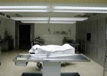 Video aterrador en morgue brasileña
