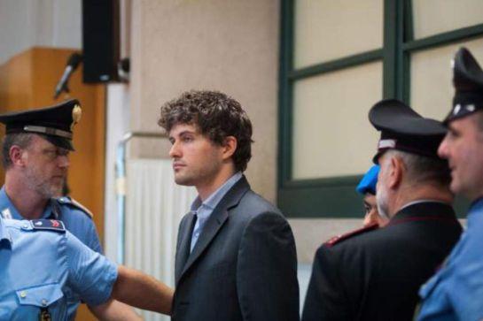 ¡Christian Grey es real y acaba de ser sentenciado a 14 años de prisión!