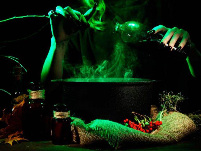 Exposición de Brujas en Coyoacán