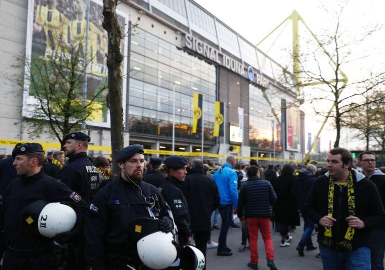 Se cancela el juego entre Borussia Dortmund y Mónaco por una explosión