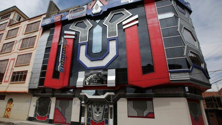 "Construyen casas inspiradas en ""Transformers"""