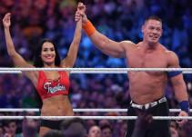 Nikki Bella y John Cena bailan sin censura para sus seguidores