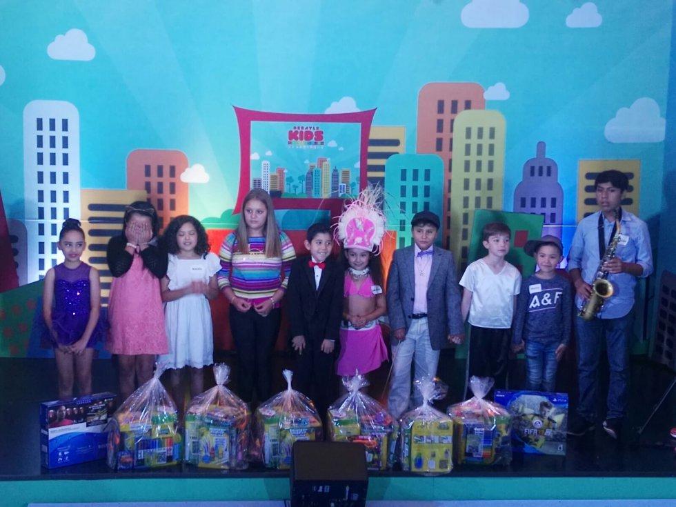 Martha Debayle celebra el Día del Niño con el Debayle Kids