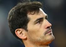 Iker Casillas regaña en Twitter a Miguel Layún
