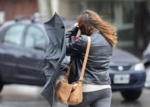 Se prevé un ambiente frío y vientos fuertes en la mayor parte del país