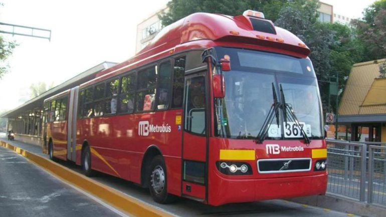 No es viable el Metrobús en la Fuente de Petróleos; Xóchitl Gálvez respalda vecinos