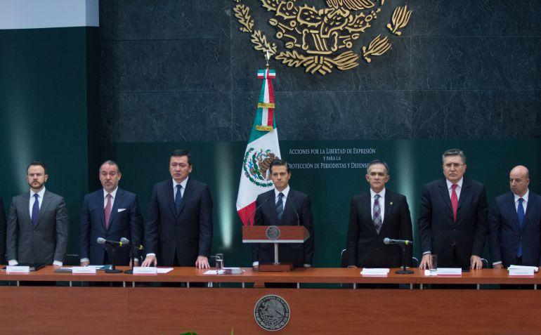 Presenta Peña Nieto medidas para la protección a periodistas
