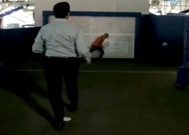 "[VIDEO] Enrique Peña Nieto le anota gol al ""Conejo"" Pérez"