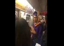 Joven pierde su ceremonia de graduación por culpa del metro