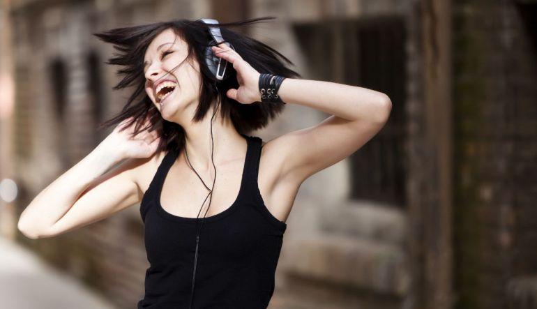 Top 10: Canciones que te podrán de buenas según la ciencia