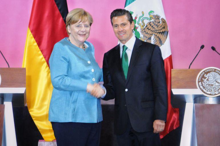 Ofrece Merkel a México ayuda en combate a crimen y corrupción