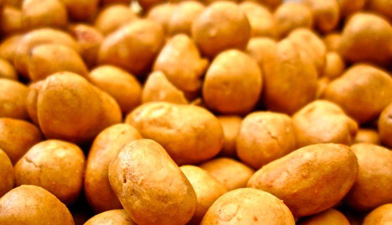 ¿Qué tan saludables son los cacahuates japoneses?