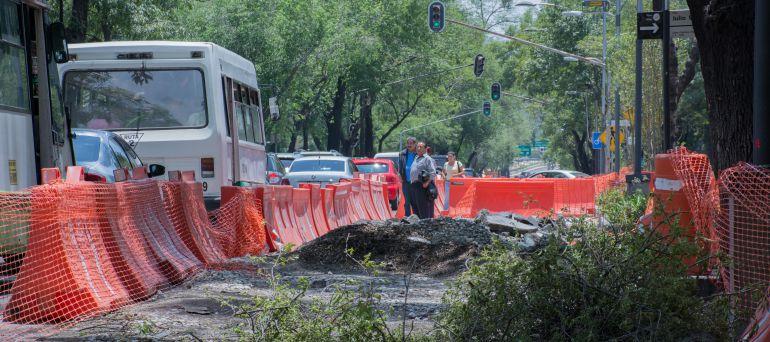 Se mantendrá construcción de Metrobús sobre Reforma: Guillermo Calderón