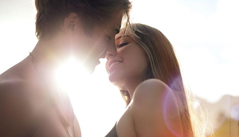 ¿A qué edad las mujeres tienen más y mejores orgasmos?