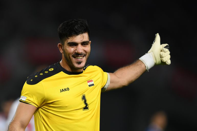 Fecha FIFA: El portero de Siria se vuelve viral en Twitter por este curioso despeje
