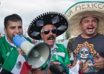 Sacan de Sochi a dos aficionados mexicanos por gritos ofensivos
