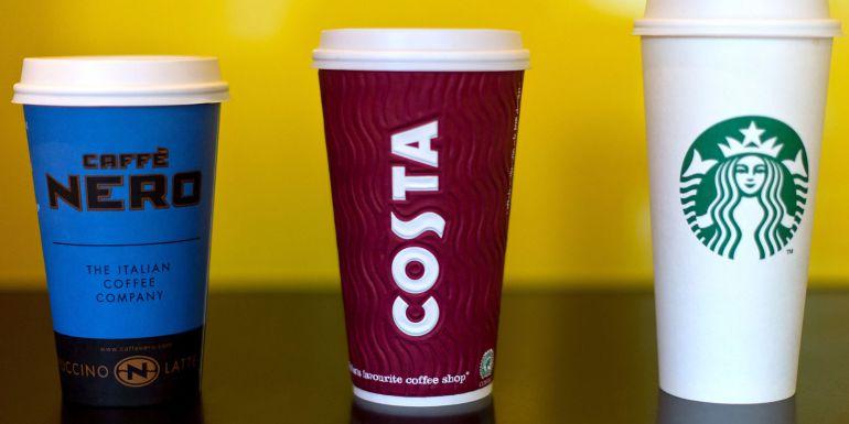 Encuentran bacterias fecales en el hielo de varias grandes cadenas de café en el Reino Unido