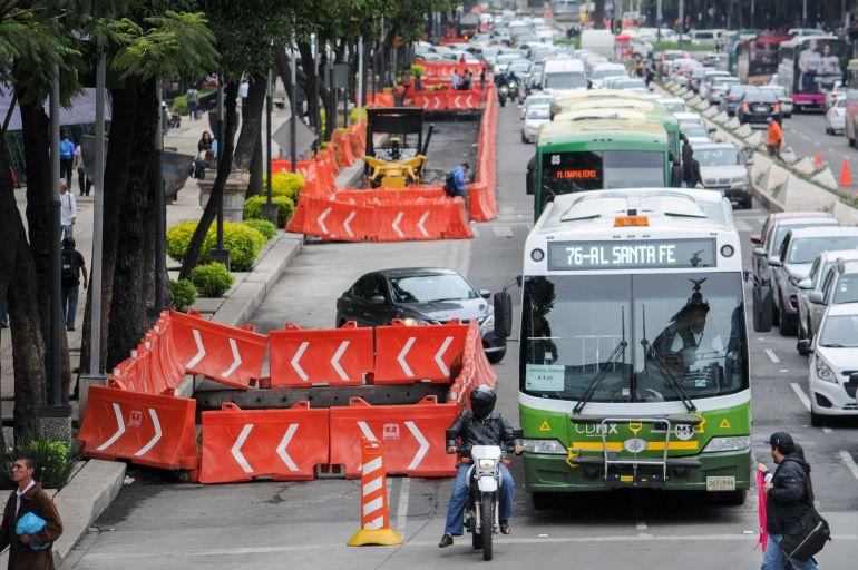 Aceleran trabajos de construcción de la Línea 7 del Metrobús