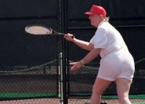 El trasero de Donald Trump es blanco de burlas en las redes sociales
