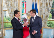 EPN condena, desde París, Francia, violencia en Congreso venezolano