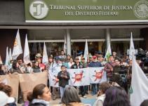 Protestan en Tribunal Superior de Justicia por caso Lesvy y exigen a PGJ no cerrar investigacion