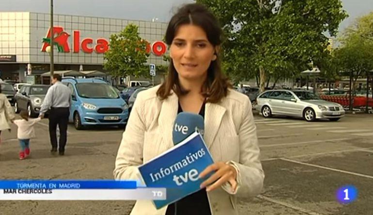 Reportera huye de transmisión en vivo tras equivocarse