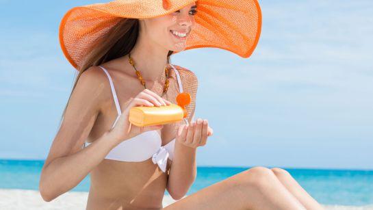 7 hábitos que los dermatólogos quieren que dejes de hacer lo más antes posible