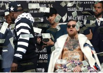 "Mayweather arroja ""lluvia de billetes"" a McGregor"