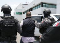 Ingresan a Javier Duarte al Reclusorio Norte