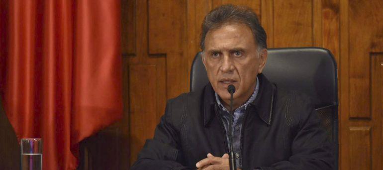 Pide Yunes Linares declarar contra Javier Duarte