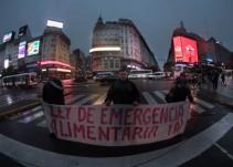 Ciudadanos argentinos participaron de una marcha sin saber el motivo