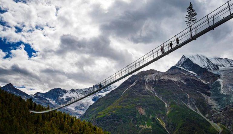Éste es el puente colgante más largo del mundo — Créalo